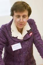 Photo: Claudine Hermann, présidente d'honneur de Femmes & Sciences, modérant la session 3- Photo Olivier Ezratty