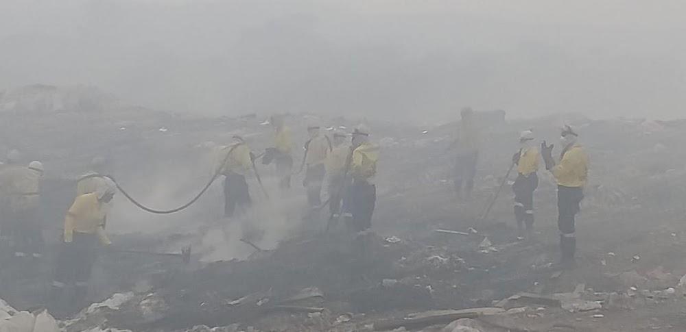 Vyf skole sluit in die storting van vuilgoedbrand in die voorstad van Pietermaritzburg - TimesLIVE