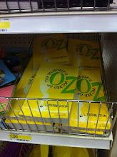 Photo: ¿Quién puede resistir comprar el Mago de Oz a sólo un dólar?