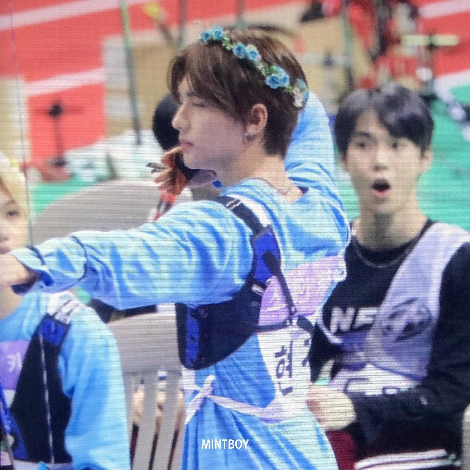 stray kids hyunjin nct doyoung