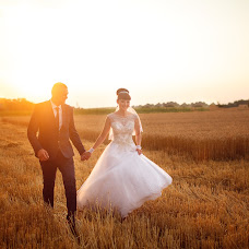 Wedding photographer Anatoliy Kolotilo (wedmotions). Photo of 11.02.2018