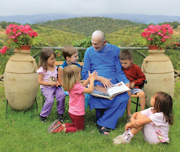 Photo: Swami with children in Assisi, 2011