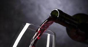 Copa de vino para acompañar a los mejores productos.