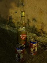 Photo: Litrovka myslim že za 4,5CUC. Každopádně Ossi platil, protože slavil narozky.
