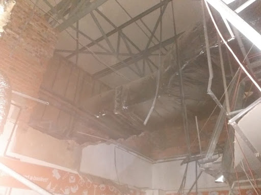 Four injured as Joburg mall roof collapses