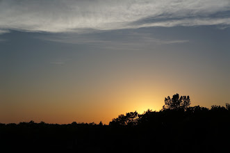Photo: We were also treated to a nice sunset with some lingering clouds as we waited for full darkness.