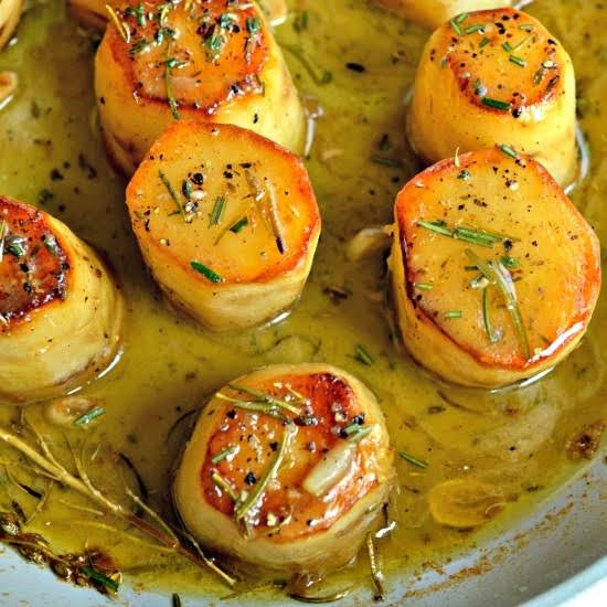 This Easy Yet Elegant French Fondant Potatoes Are Tender Baked With Crispy Edges In A Buttery Stock Mixture With Fresh Herbs.  The End Result Is Over The Top Tasty Spuds Along With Truly Aromatic Pleasures.