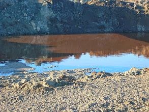 Photo: Další z lagun obsahující tekutý odpad. — Dekontaminační plocha Rokytí.