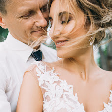 Wedding photographer Anastasiya Sluckaya (slutskaya). Photo of 10.08.2017
