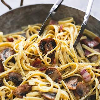 Parmesan Bacon Mushroom Fettuccine