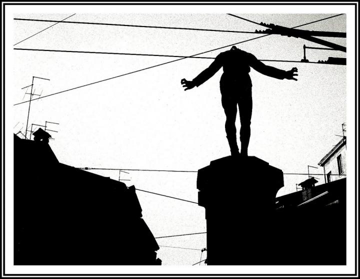 Trafitto dalle linee nemiche... di Silvio Lorrai