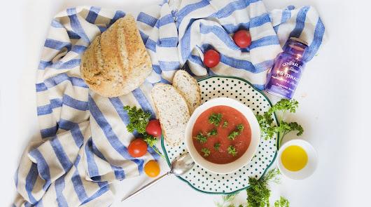 Menú saludable: hoy, gazpacho y dorada al horno con berenjena y patata asada