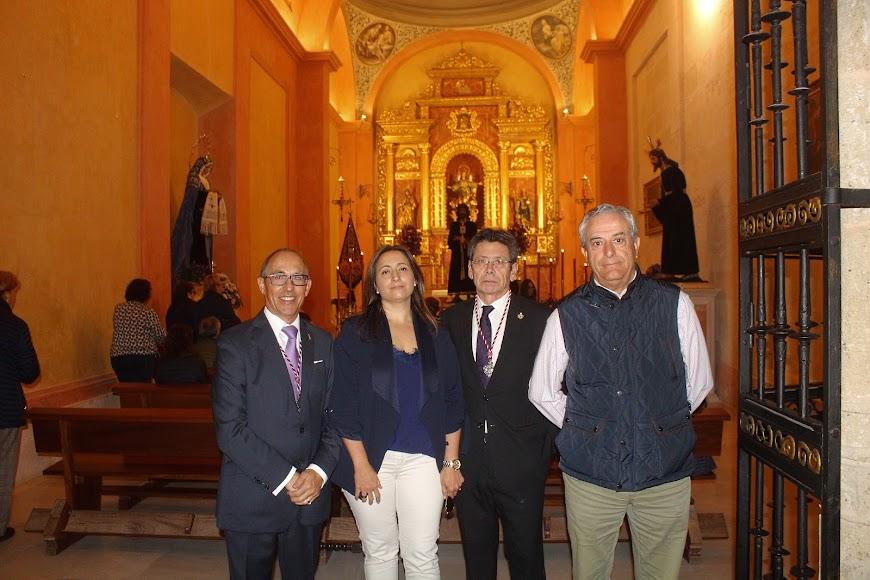 Hotel Catedral y Hermandad del Prendimiento.