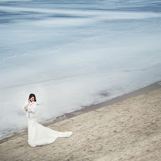 Wedding photographer Kristina Grechikhina (kristiphoto32). Photo of 19.04.2017