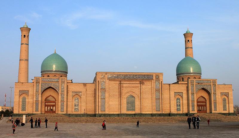 Архитектурный комплекс Хазрет Имам в Ташкенте (Узбекистан)