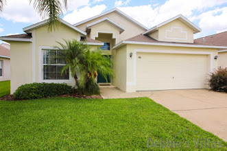Orlando villa, close to Disney theme parks, private pool, games room, peaceful community