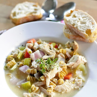 Slow Cooker Chicken Noddle Soup