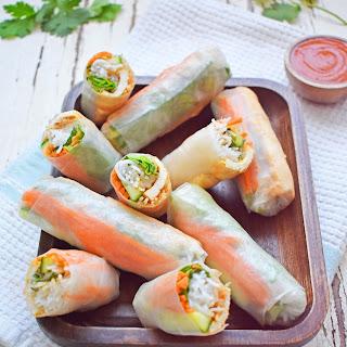 Vegan Rice Paper Rolls with Spicy Peanut Sauce Recipe