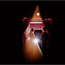 婚礼摄影师Sveta Luchik(orchid2007)。12.12.2017的照片