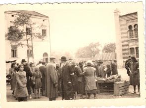 Photo: Market in Milec, second, 10-2-40