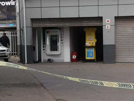 Police cordon off the service station where a Capitec ATM was cut open during a burglary