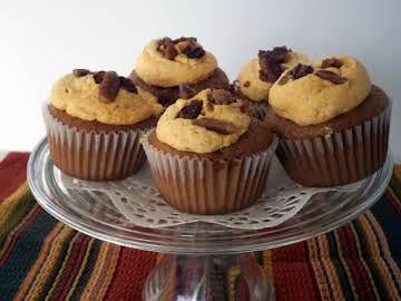 Pumpkin Spice Filled Cupcakes