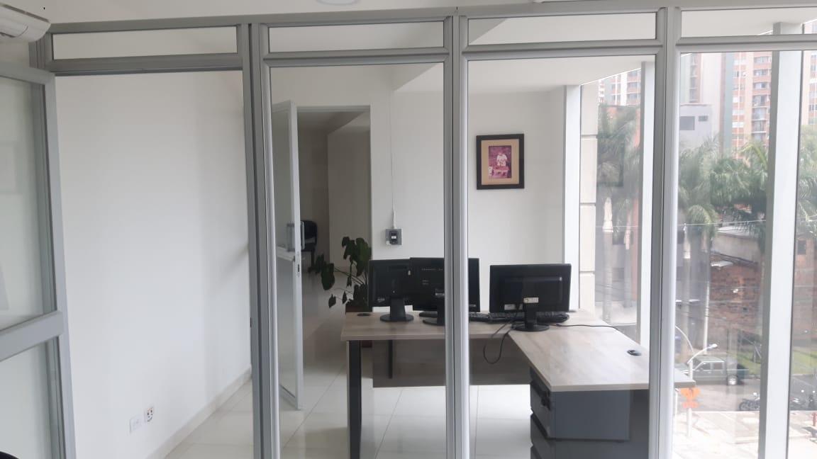 oficinas en arriendo itagui 495-38818