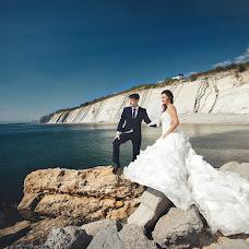 Wedding photographer Roman Gukov (GRom13). Photo of 03.02.2016