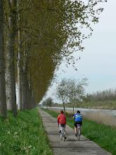 Photo: Chemin de halage du canal de la Somme