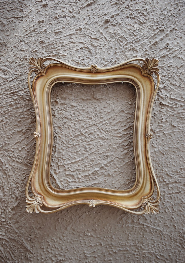 start fire with a picture frame