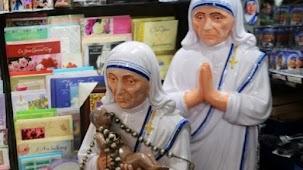 Фигурки Мать Терезы можно встретить практически в любом сувенирном