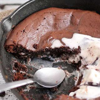 Peanut Butter & Chocolate Skillet Cake {Flourless} Recipe