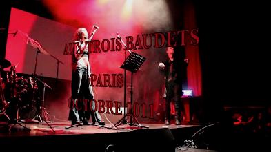 """Photo: BALLADYNA: """"SABBATH (MAIS LES INNOCENTS VONT SOUFFRIR AUSSI)"""" & """"RESPIRE...!"""" (Crédit photo: Cédrik.B. """"LE LANGAGE DES VISCÈRES"""", """"Les Trois Baudets"""" - Paris 2011)"""