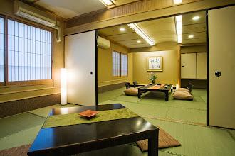 Photo: 和室ふたま続き客室