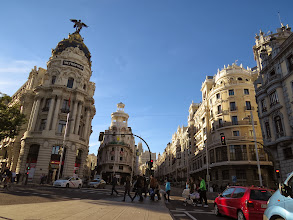 Photo: Esquina... bueh, intersección de la Gran Vía y la calle de Alcalá.