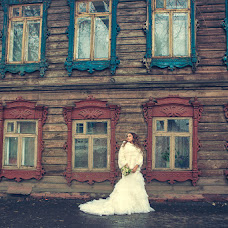 Wedding photographer Galina Dobysh (gala-photo). Photo of 25.11.2013