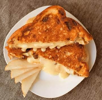 Cinnamon-Apple & Muenster sandwich