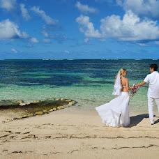 Wedding photographer Dmitriy Vusinskiy (ARTEL). Photo of 09.09.2014