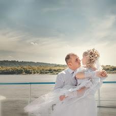 Wedding photographer Yuriy Paramonov (Yopa). Photo of 18.08.2013