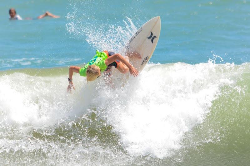 Belgisch surftalent voor het eerst op WK golfsurfen