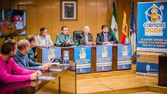 Presentación de ciencia Park 2, este martes en el Ayuntamiento de Roquetas.