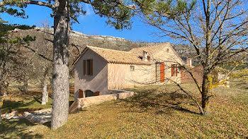 villa à Caussols (06)