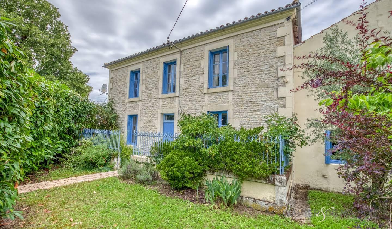 Maison Saint-Jean-d'Angély