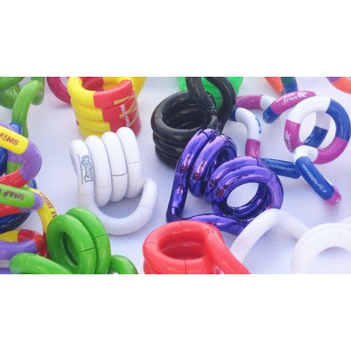 Tangle Puzzles to Brand