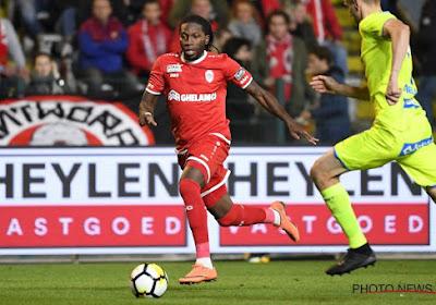 """Dieumerci Mbokani encense un coach belge: """"S'il était encore entraîneur, j'aurais directement choisi pour son équipe"""""""