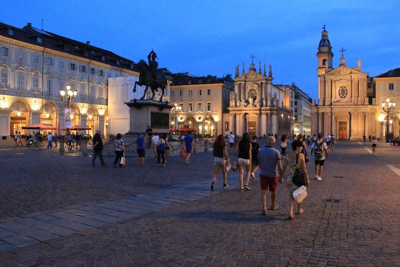 Una sera, in piazza di Davide_79