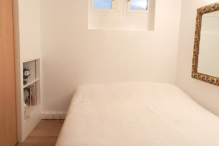 Cosy bed at 1 bedroom Apartment in Lourve and Les Halles