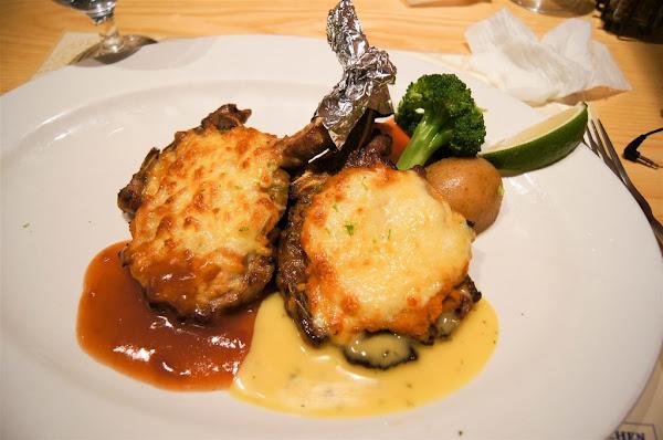 南瓜屋紐奧良義式餐館 魔女露露的廚房 -- 精緻美味的排餐和香甜的南瓜甜點