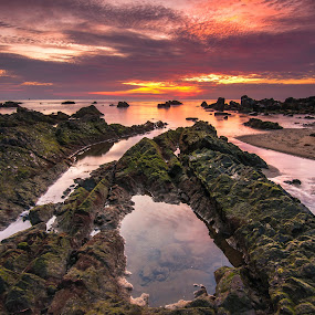 this is pandak by Firdaus Haron - Landscapes Sunsets & Sunrises ( tags, orange, beautiful, beach, sun, photography, print, love, popular, sunrise, nikon, rocks, tokina,  )