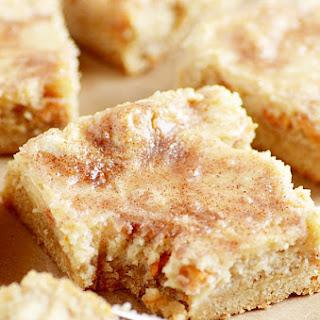 Snickerdoodle Gooey Cake